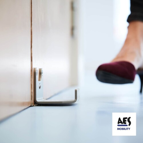 AES Hands-free Arm Foot Pull Handle